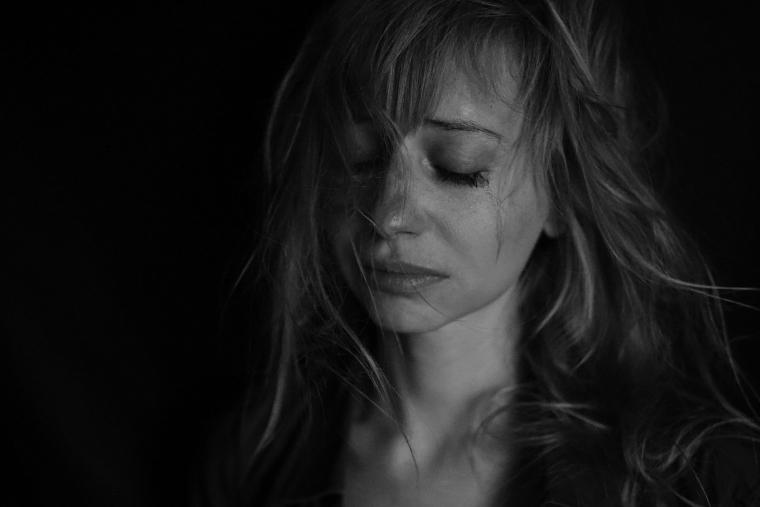 sadness-4578031_1920